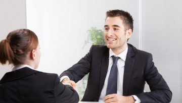 6 Advantages of Hiring Through a Recruitment Agency
