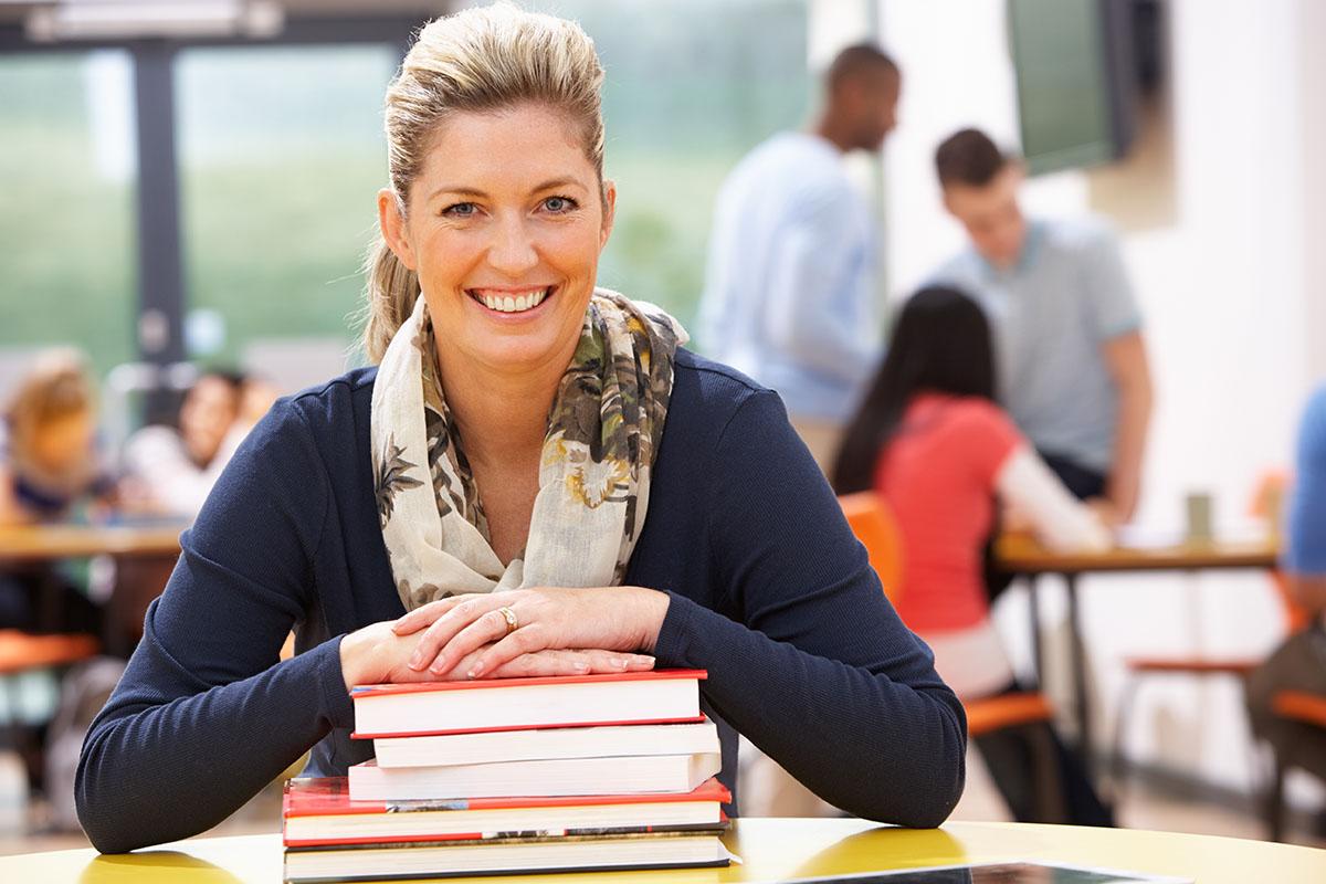 Teachers Read Books
